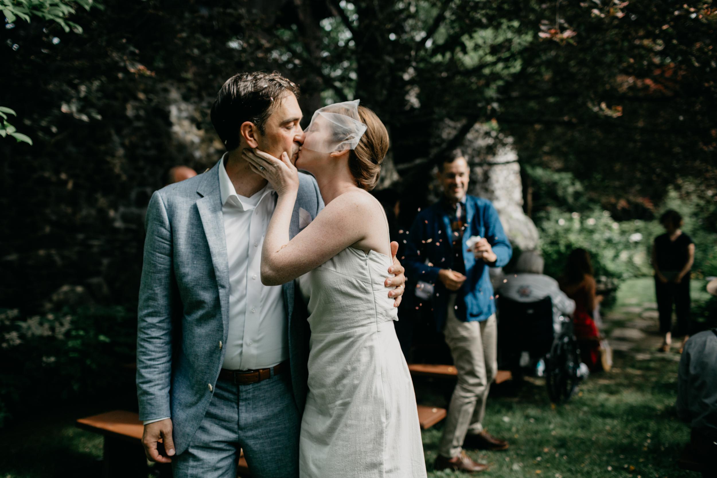 AshleeJay_Camden_Maine_wedding_pig_and_the_poet_Vesper_Hill_Childrens_Chapel_012.jpg