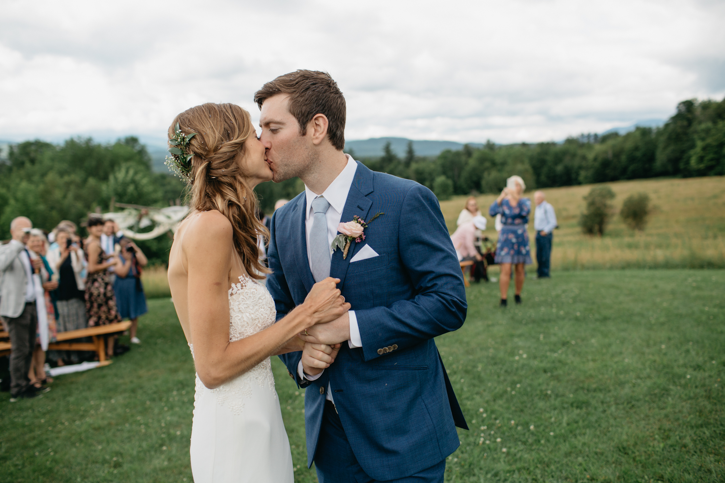 Karen_Alex_Bliss_ridge_farm_Vermont_wedding018.jpg
