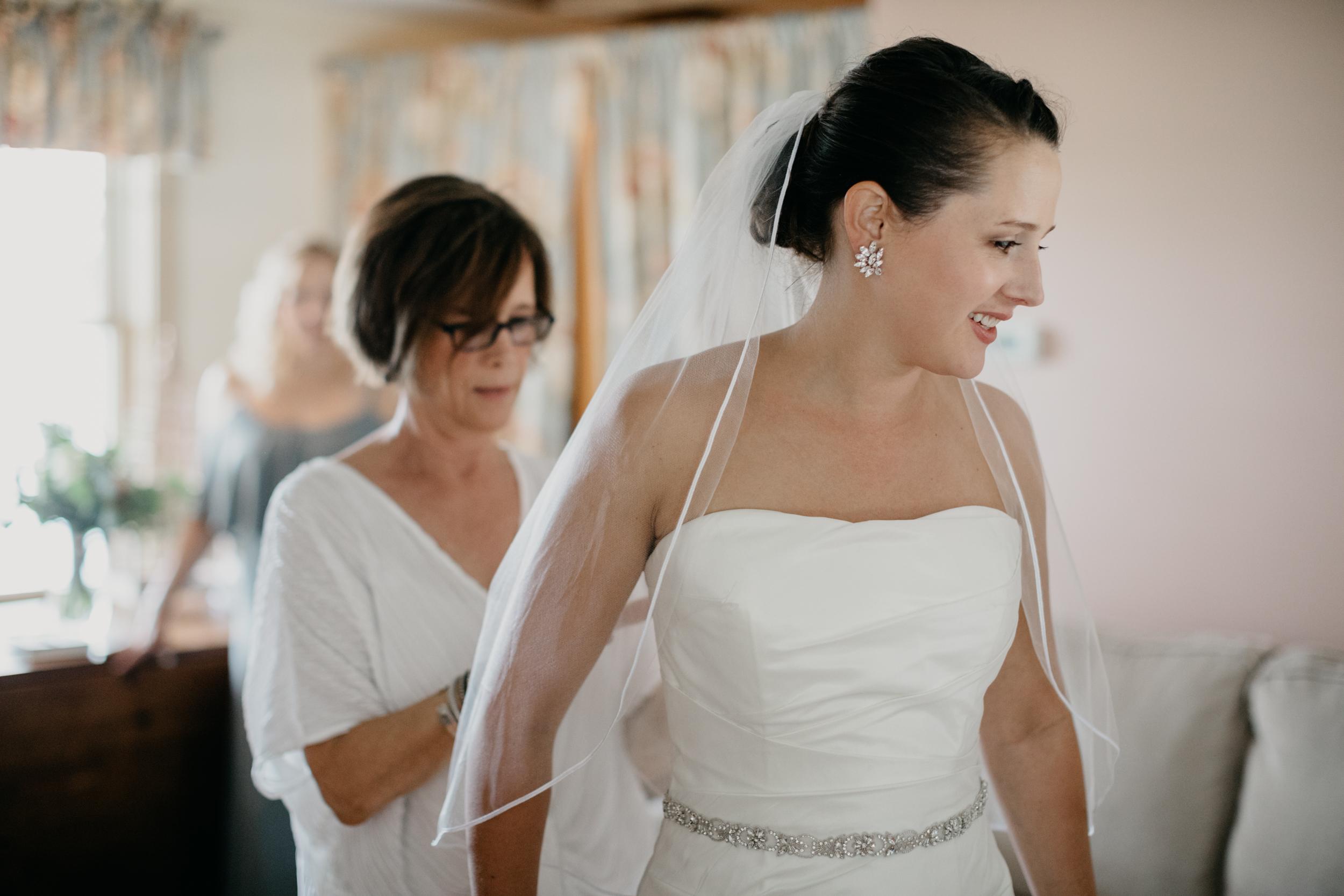 Jessie_Erik_Pownal_Maine_Wedding_William_allen_farm_007.jpg
