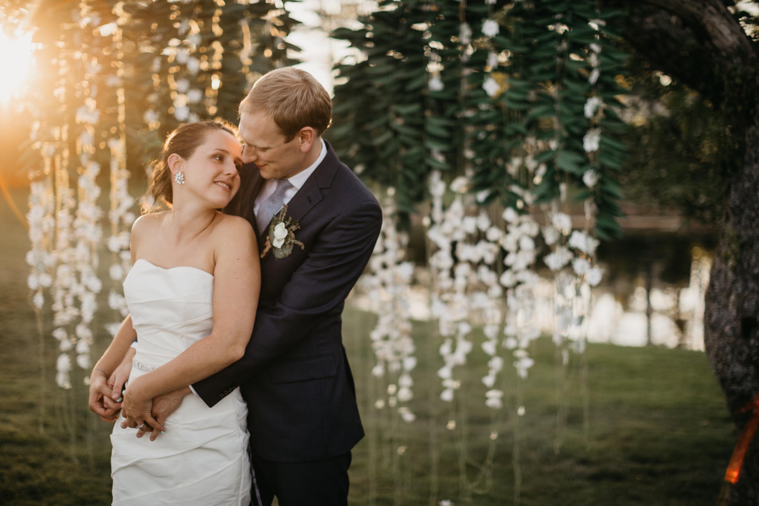 Jessie_Erik_Pownal_Maine_Wedding_William_allen_farm_049.jpg
