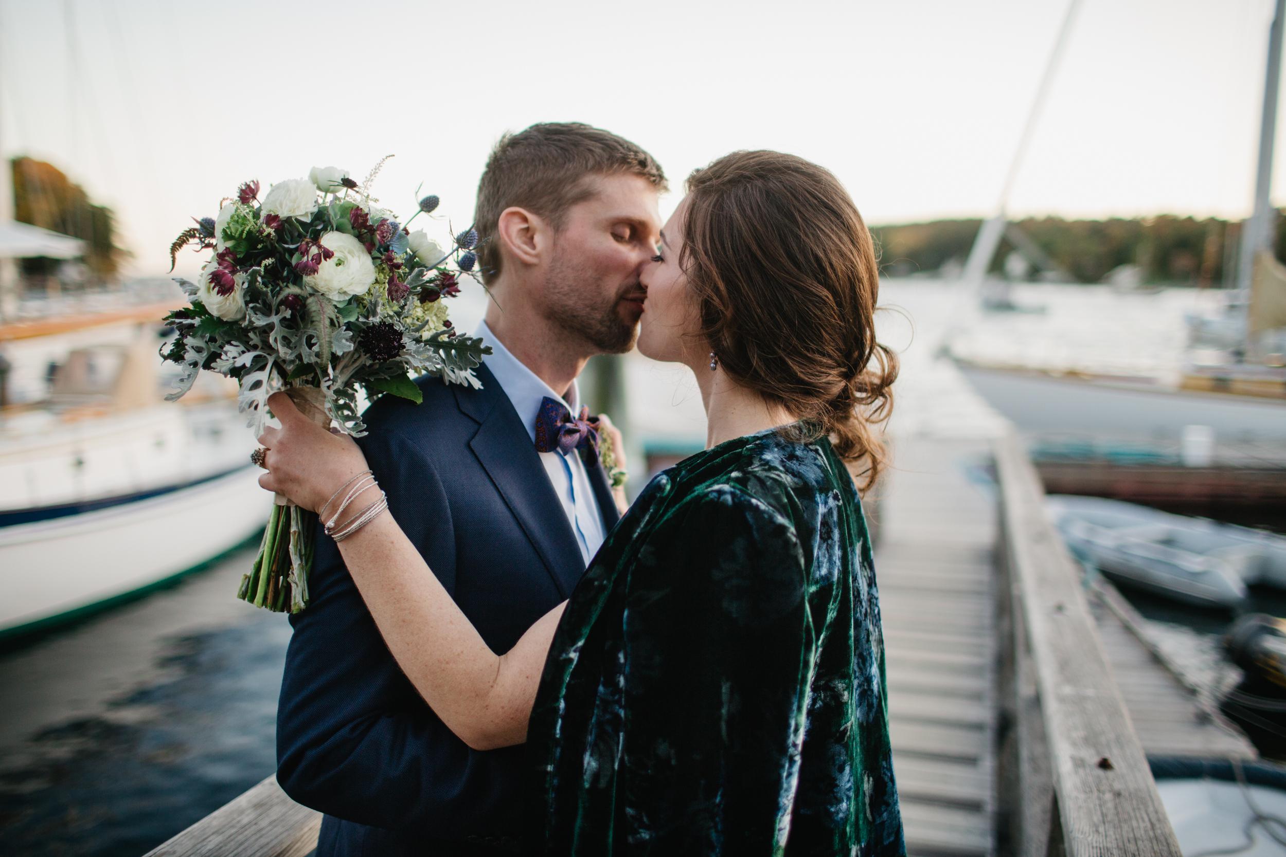 Mackenzie_Collins_Maine_wedding_in_Rockport_Union_hall_Nina_June_034.jpg