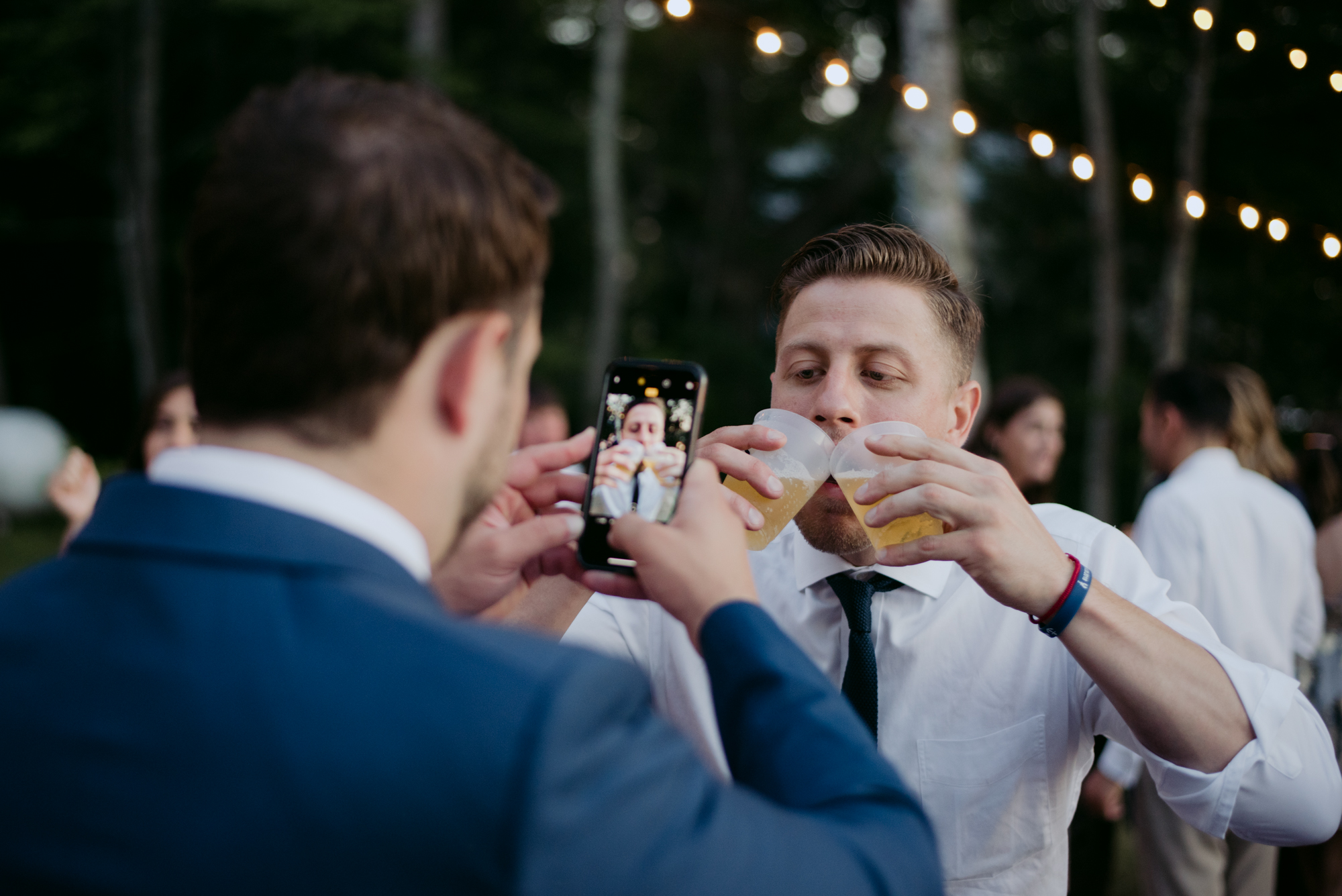 harpswell_maine_wedding_on_a_private_oceanfront_barn_leah_fisher_027.jpg