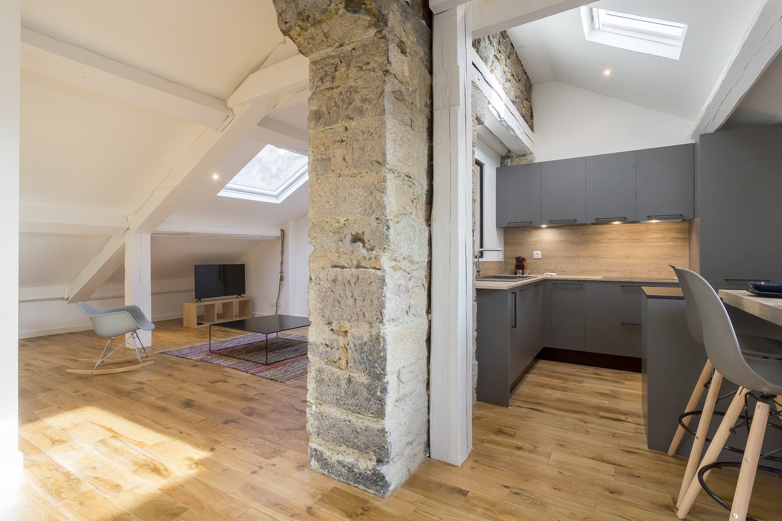 LikeHome - 34 Cours Vitton-8.jpg
