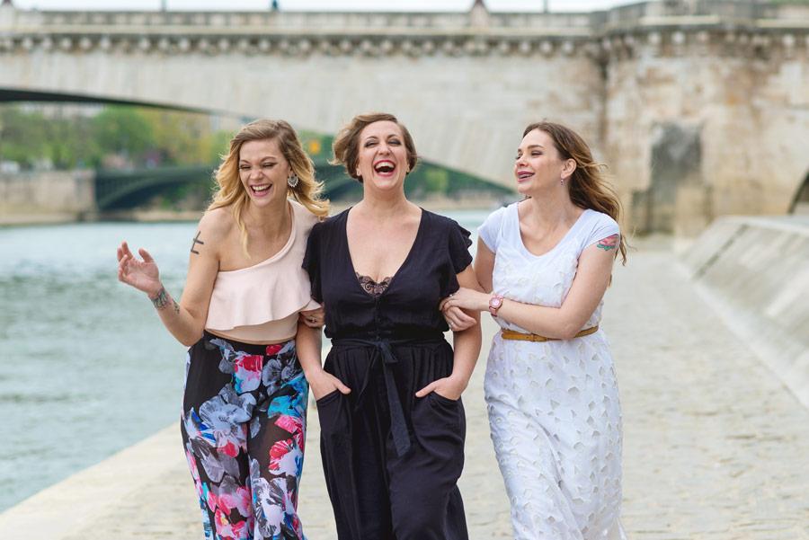 Paris-photographer-Christian-Perona-Notre-Dame-Tournelle-quay-Seine-three-sisters.jpg