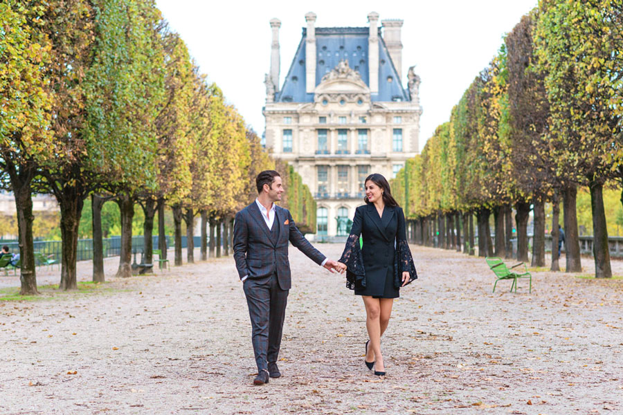 paris-photographer-christian-perona-professional-engagement-proposal-pre-wedding-portrait-tuileries-garden-jesse-lally.jpg