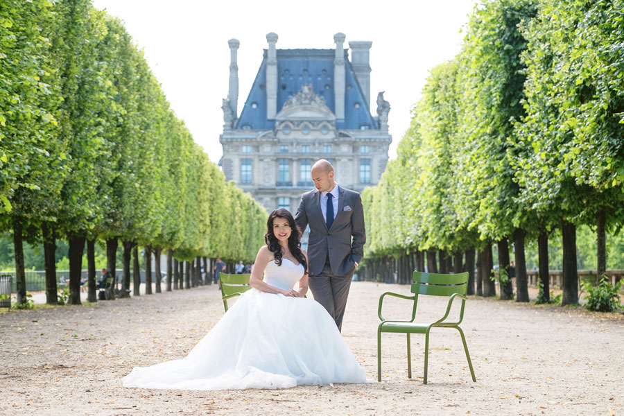 paris-photographer-christian-perona-professional-engagement-proposal-pre-wedding-portrait-tuileries-bride-groom.jpg