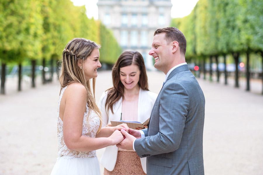 paris-photographer-christian-perona-professional-engagement-proposal-wedding-portrait-tuileries-garden-elopement-2.jpg