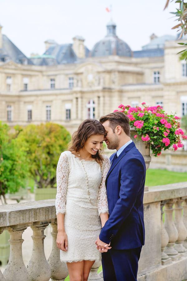 Paris-photographer-Paris-for-Two-Christian-Perona-engagement-love-pre-wedding-proposal-honeymoon-Luxembourg-garden-flowers-spring-18.jpg
