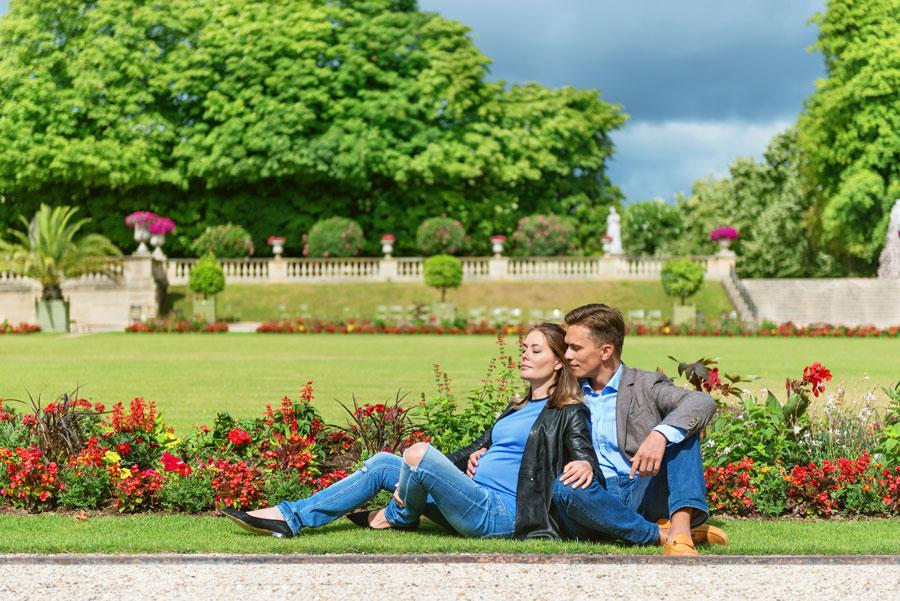 Paris-photographer-Paris-for-Two-Christian-Perona-engagement-love-pre-wedding-proposal-Luxembourg-garden-flowers-spring-pregnant.jpg