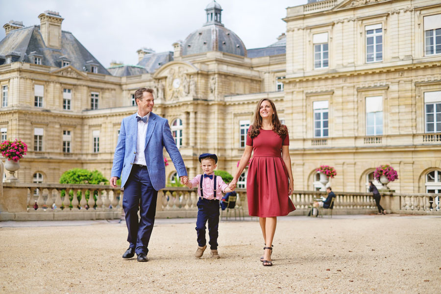 Paris-photographer-Paris-for-Two-Christian-Perona-engagement-love-pre-wedding-proposal-honeymoon-Luxembourg-garden-family.jpg