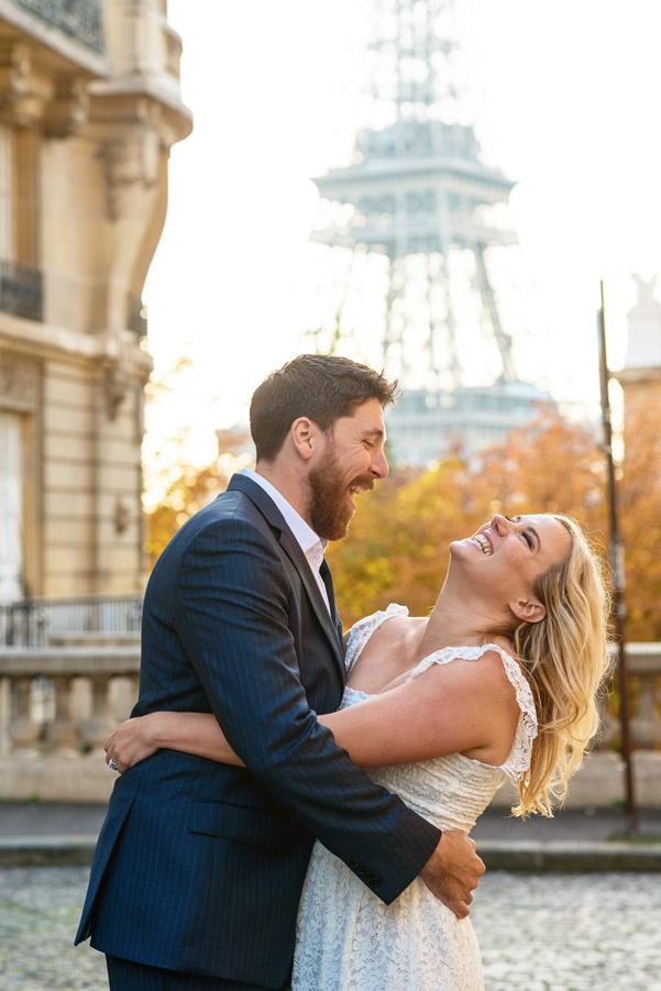 Photographer-Paris-Christian-Perona-Honeymoon-proposal-engagement-Eiffel-tower-sunrise-avenue-Camoens-cobblestones-street-4.jpg