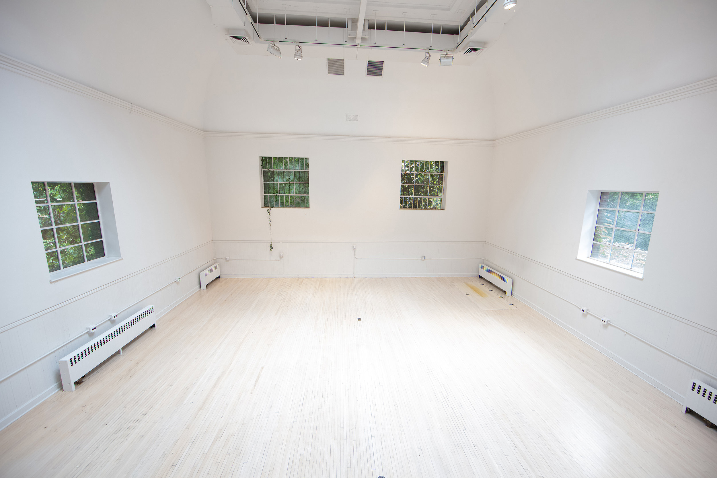 Main Studio Space. 22 Ft. Ceiling height.