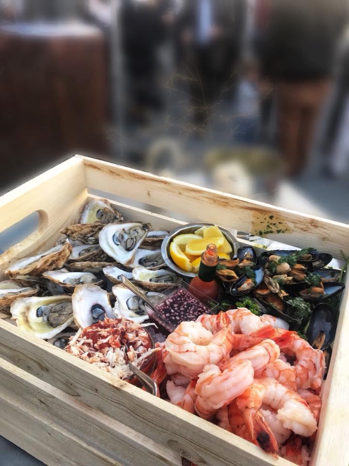 Caisse de fruits de mer.jpg