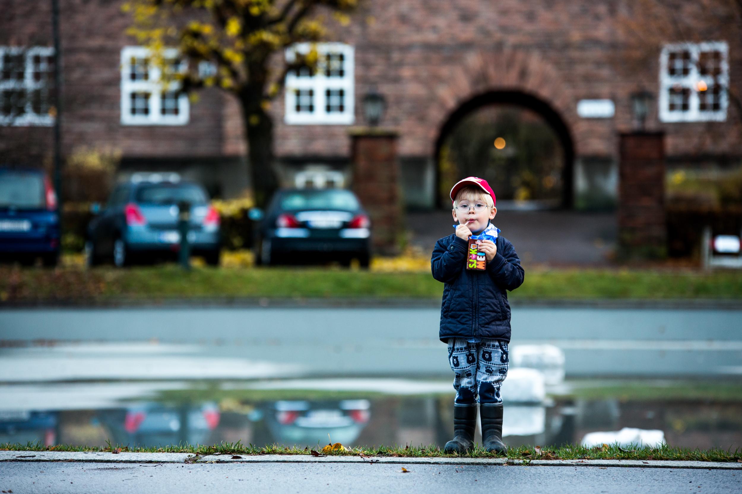 071115_fausko_oslo_damplassen_mikkel_sjokomelk_portrett-3.jpg
