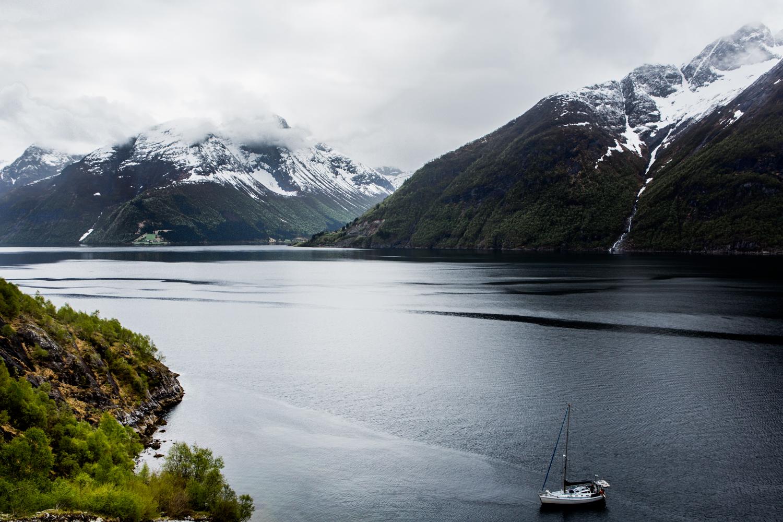 130516_fausko_lofotentravels_fjord_sæbu_alesund_landskap_dokumentar-2.jpg