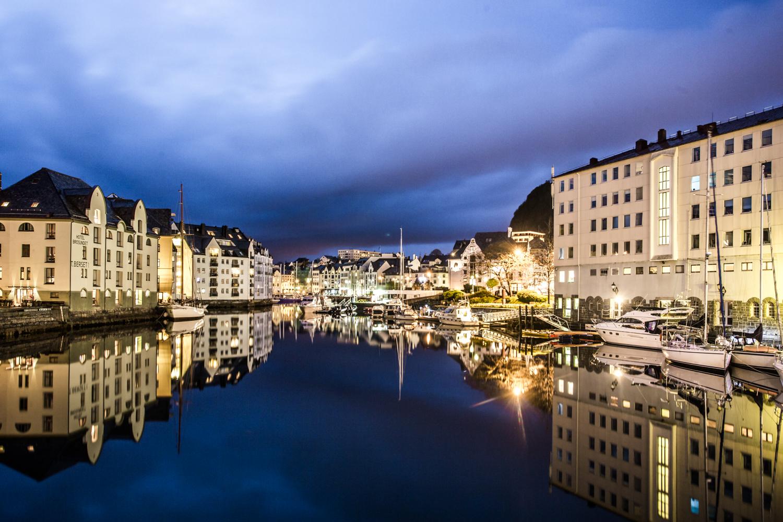 130516_fausko_lofotentravels_fjord_sæbu_alesund_landskap_dokumentar-5.jpg