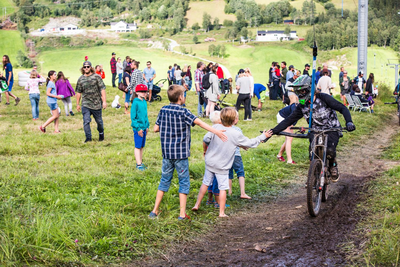 300716_fausko_ål_hilbillyhuckfest_festseries_preparty_klovnerikamp-6.jpg