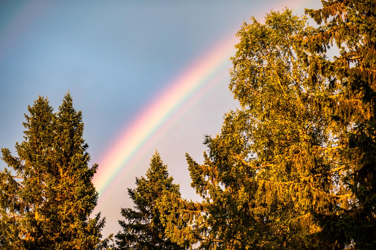 160718_fausko_sverige_malung_håberget_solnedgang_dobbelregnbue_landskap.jpg