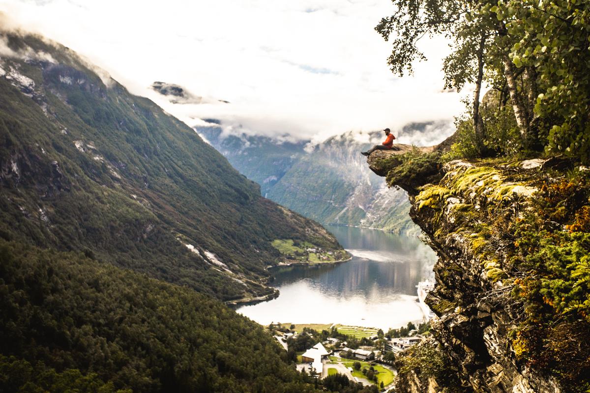 040918_fausko_vestlandet_geiranger_fossefall_fjorutsikt_flydalsjuvet_dalsnibba_tyler_joe_kyle_landskap_portrett-17.jpg