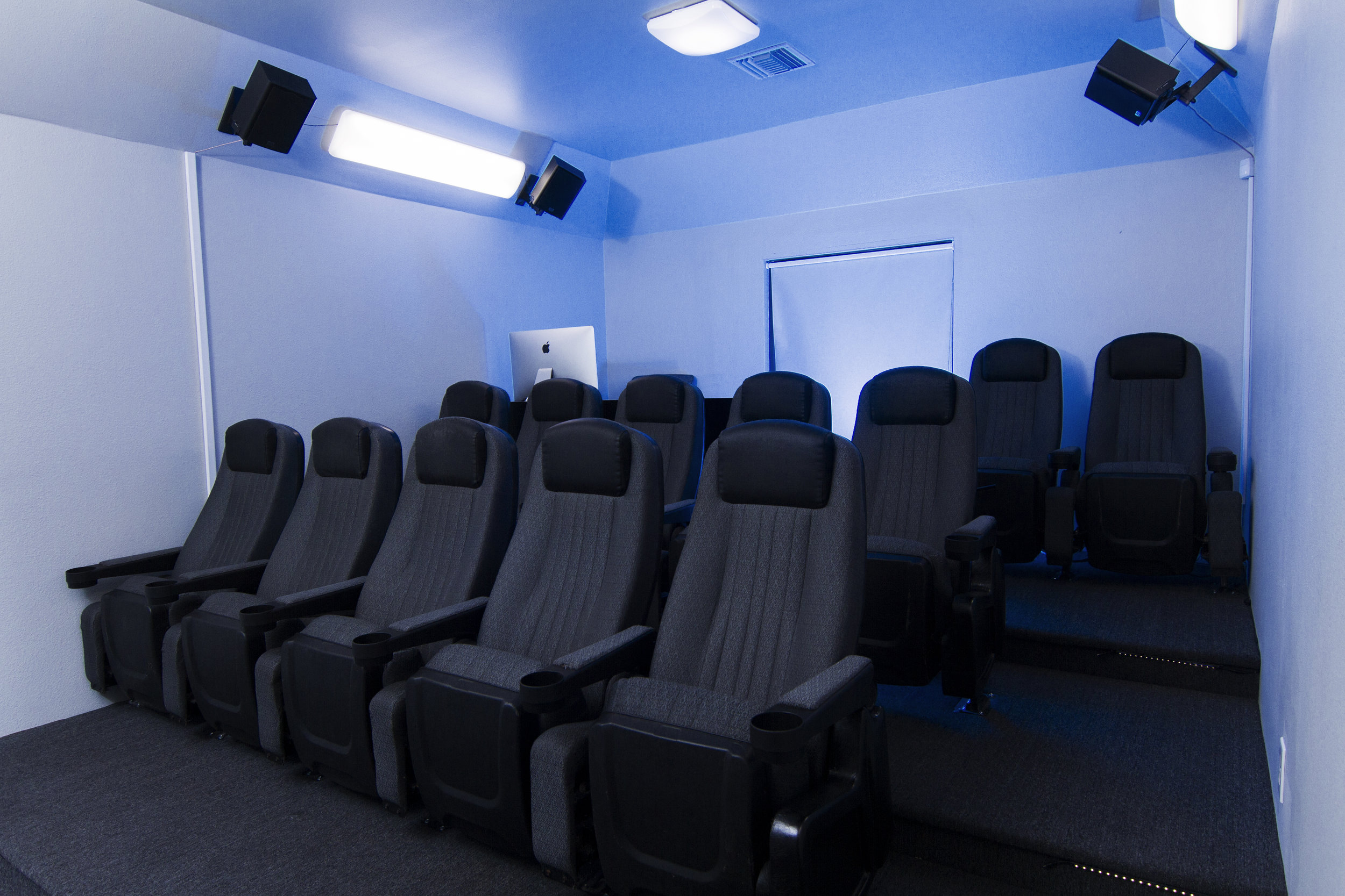 Theater4.jpg