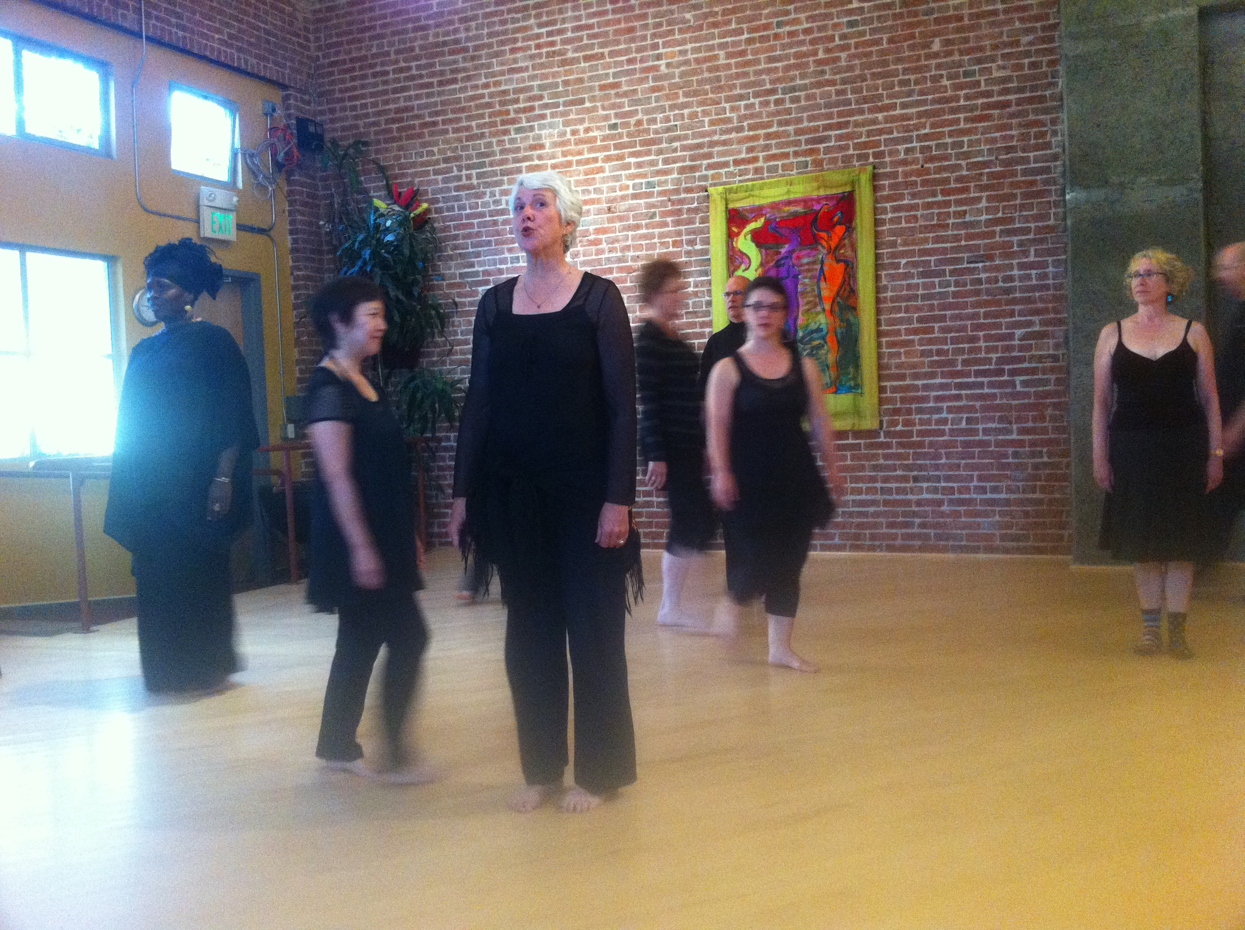"""InterPlayce performance by """"wing it!"""" ensemble"""