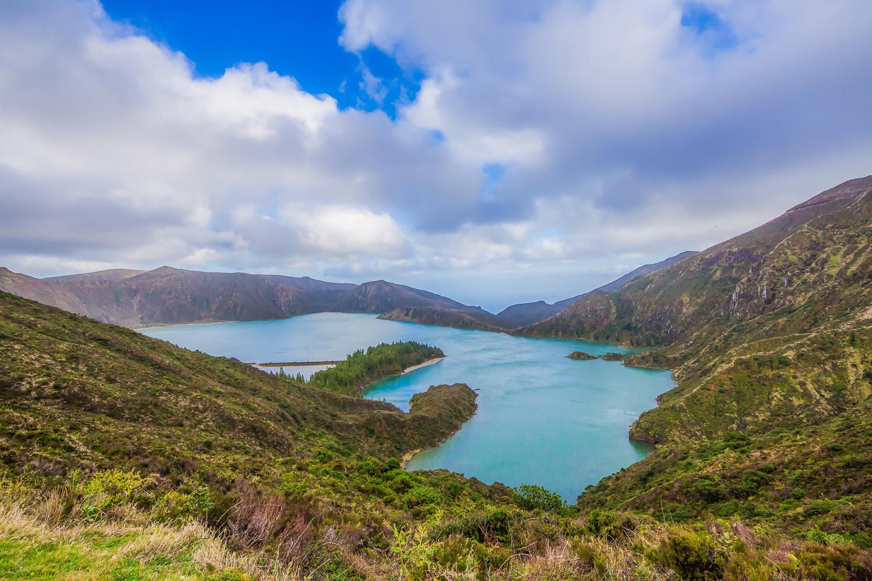 The mystical lake, Lagoa do Fogo.