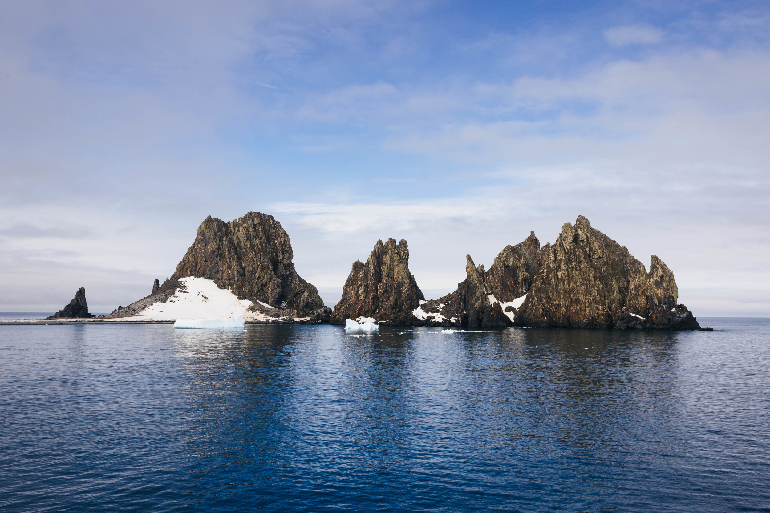 The mountainous landscape atFort Point in the South Shetland Islands.