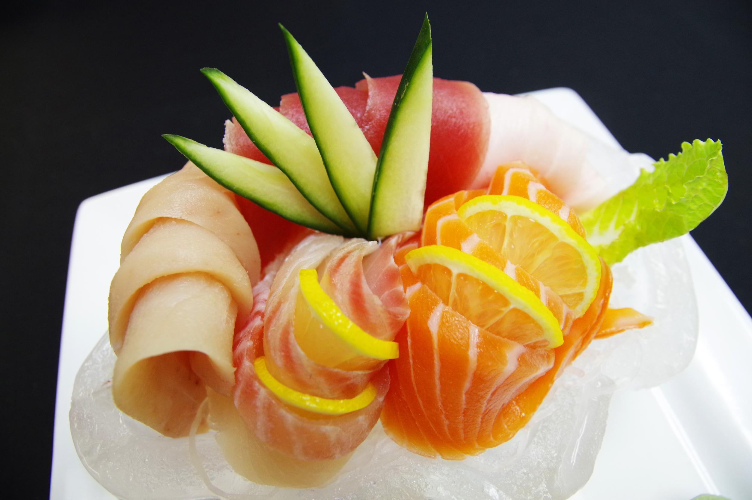 combination sashimi 3 copy.jpg
