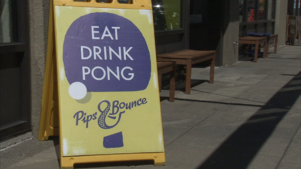 Pong Eat Drink At Pips Bounce