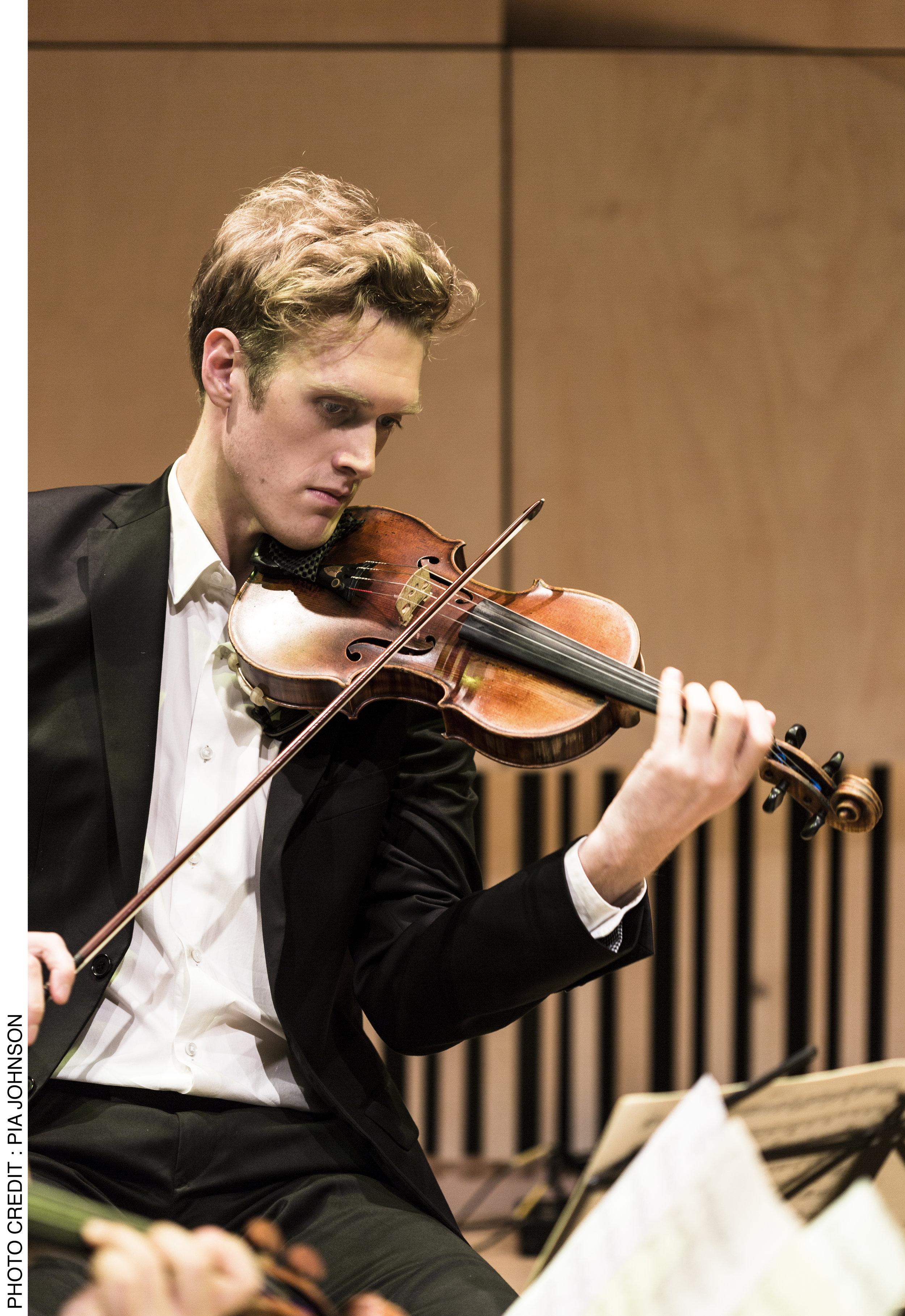 Nicholas Waters, violin