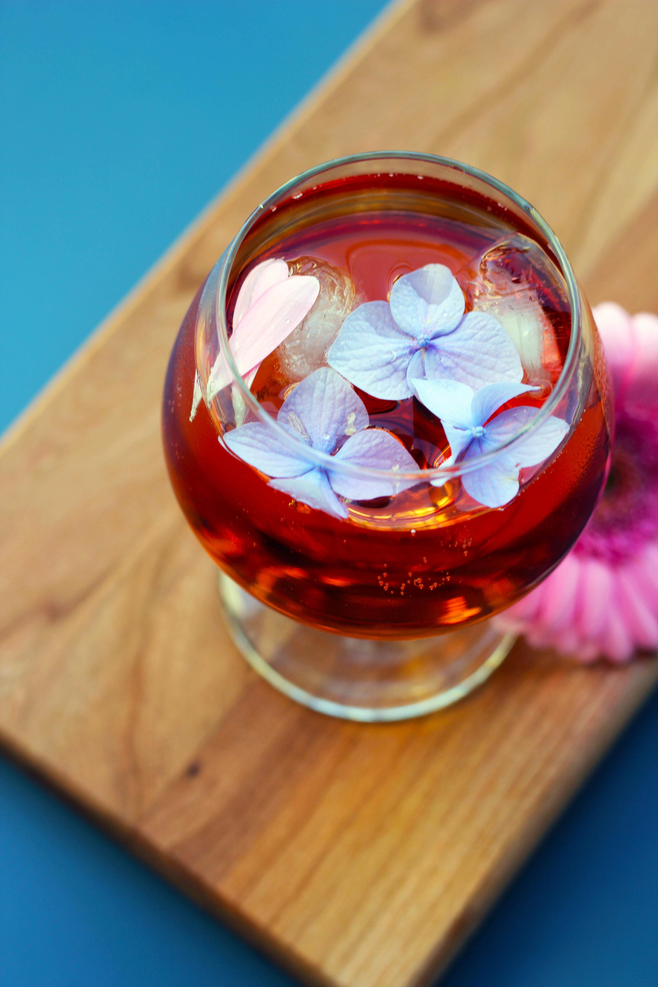 summer-flower-fresh-cocktail