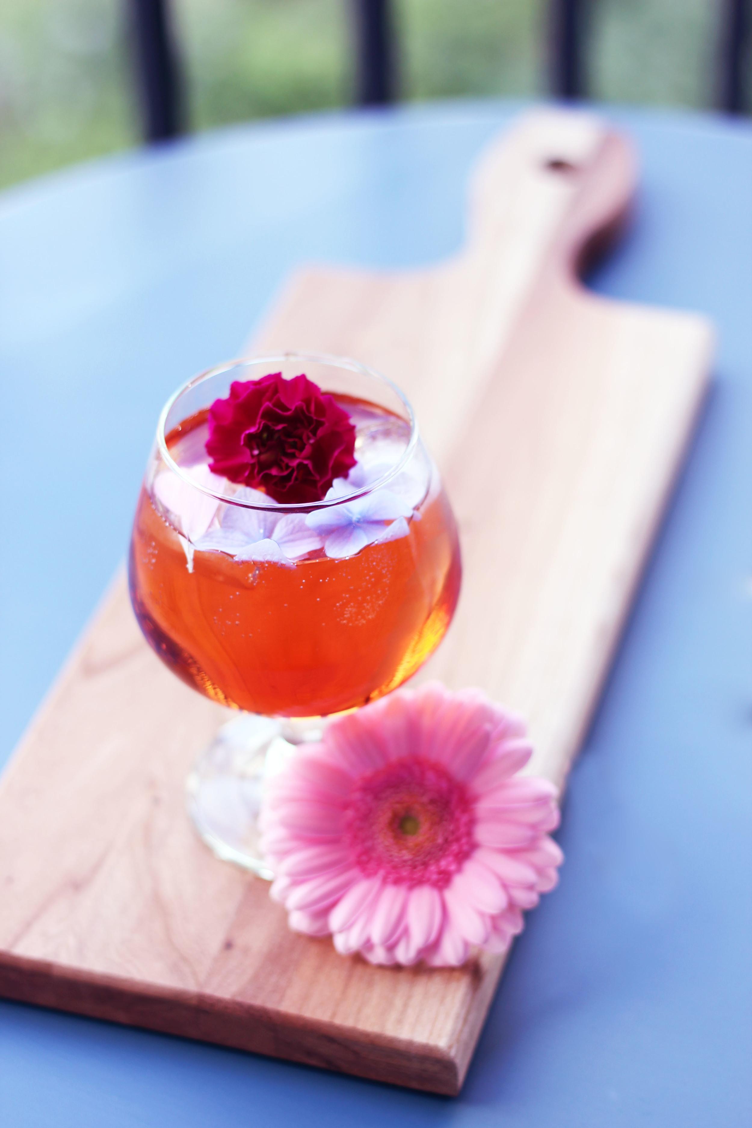 sparkling-summer-cocktail