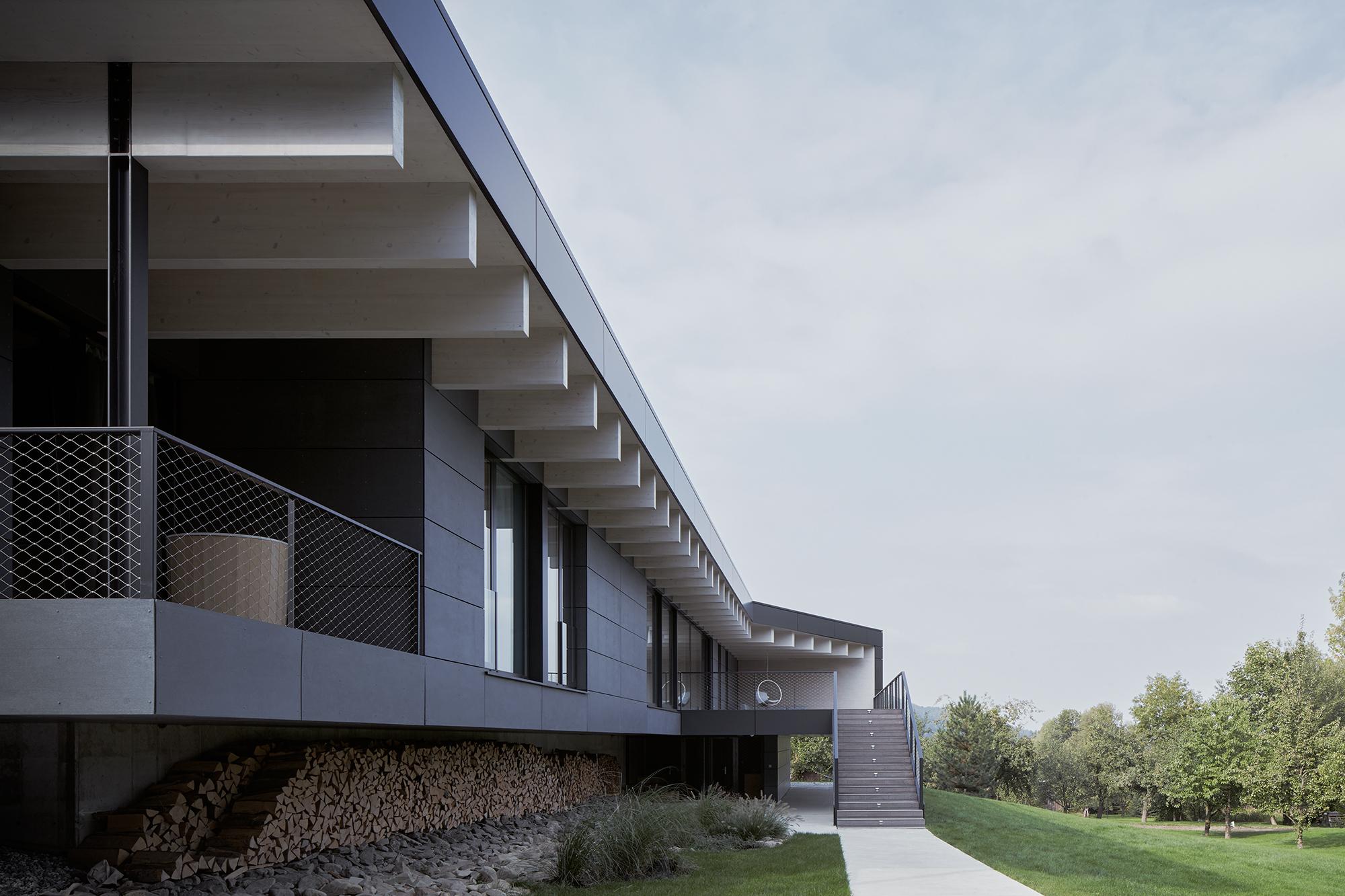 11_Letni_dum_Celadna_CMC_architects_BoysPlayNice.jpg