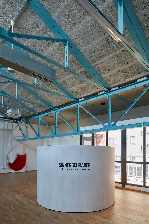 Kurz_architekti_SinnerSchrader_offices_BoysPlayNice_06.jpg
