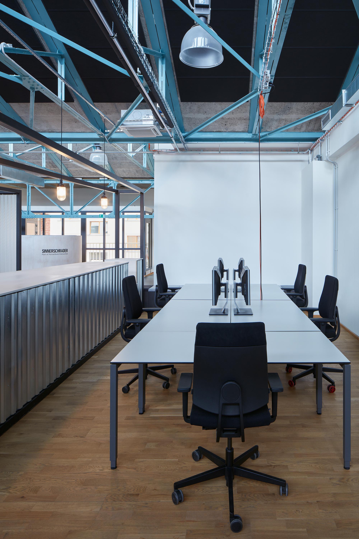 Kurz_architekti_SinnerSchrader_offices_BoysPlayNice_08.jpg