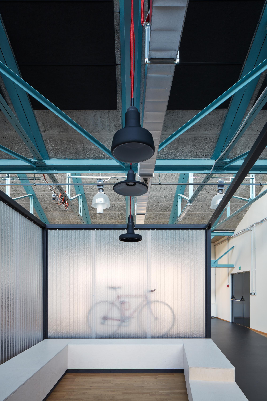 Kurz_architekti_SinnerSchrader_offices_BoysPlayNice_11.jpg