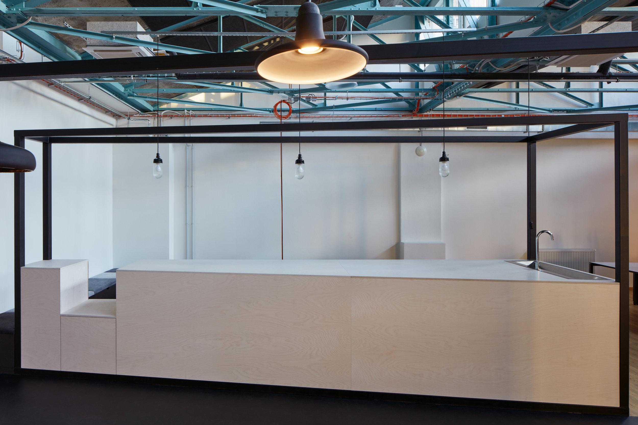 Kurz_architekti_SinnerSchrader_offices_BoysPlayNice_13.jpg