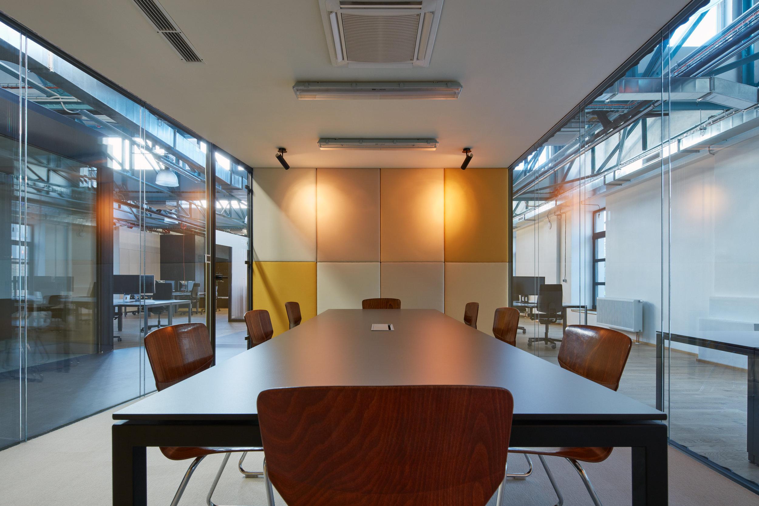 Kurz_architekti_SinnerSchrader_offices_BoysPlayNice_17.jpg
