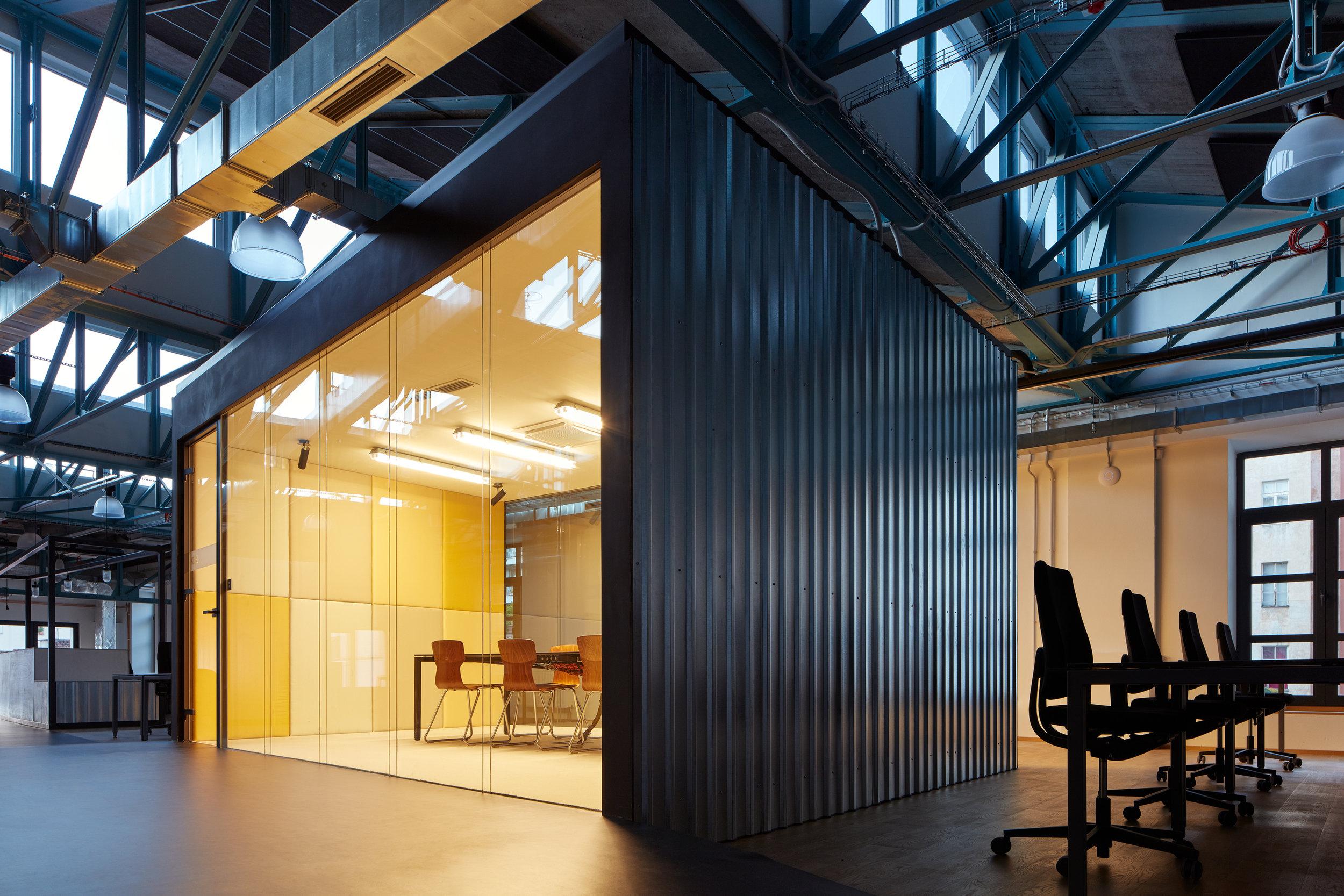 Kurz_architekti_SinnerSchrader_offices_BoysPlayNice_20.jpg