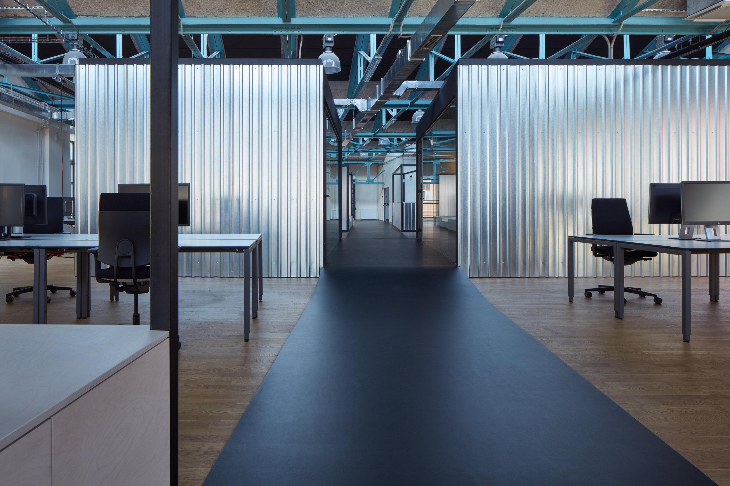 Kurz_architekti_SinnerSchrader_offices_BoysPlayNice_29.jpg