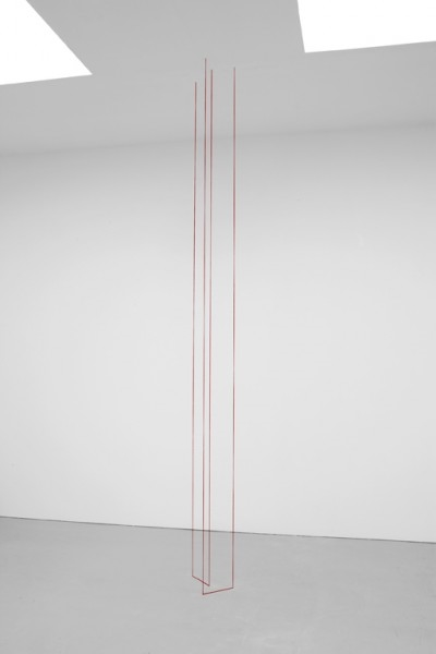 Fred Sandback, Installation, 1976 Courtesy of Fred Sandback Archive + David Zwirner Gallery