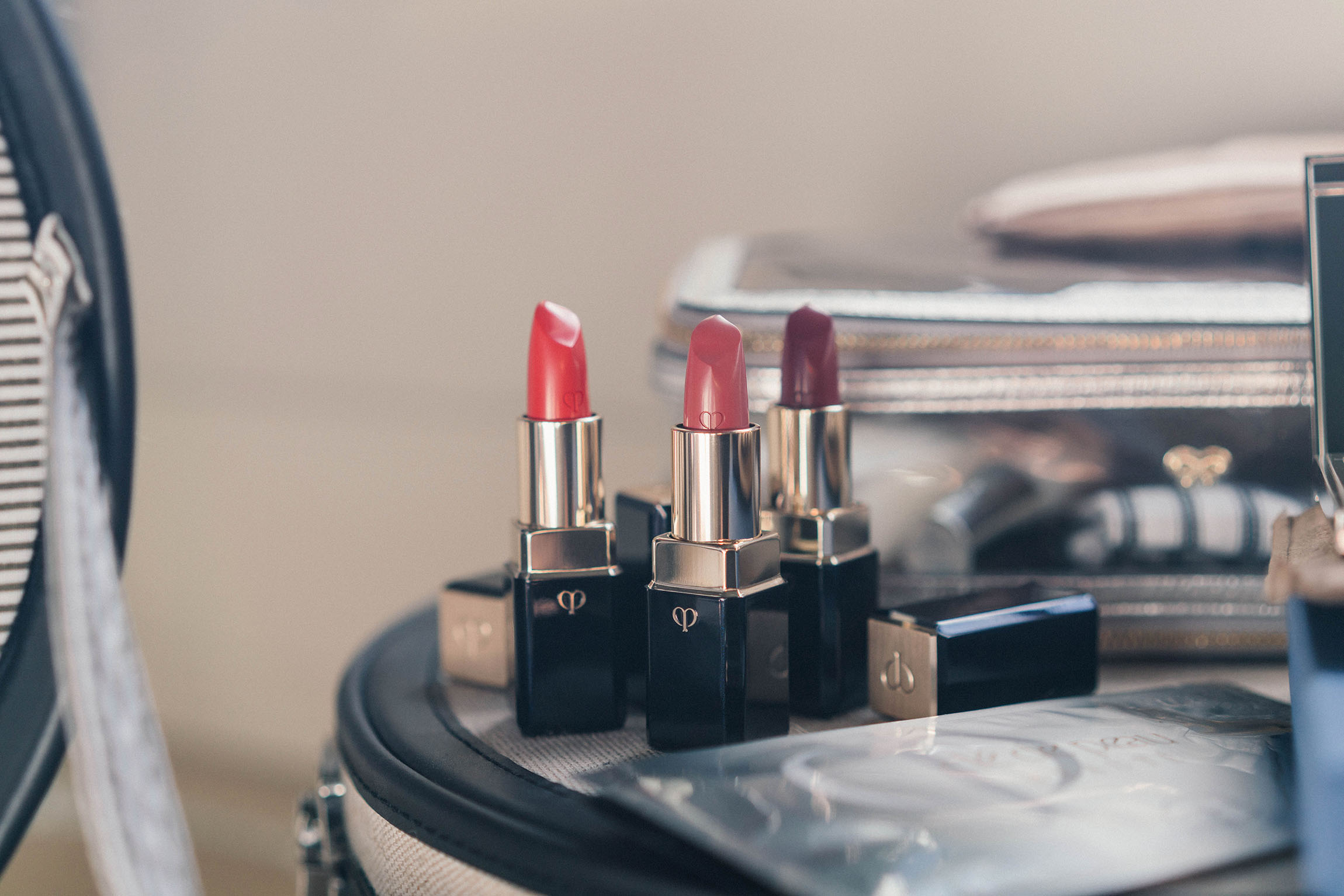 Clé de Peau Beauté Lipstick , a luxuriously smooth lipstick with a unique petal-shaped tip that is designed to hug the lips with ultra-vibrant, luminous color. There are three new shades: Peach Stone (13), Crystal Star (14), Desert Rose (15).