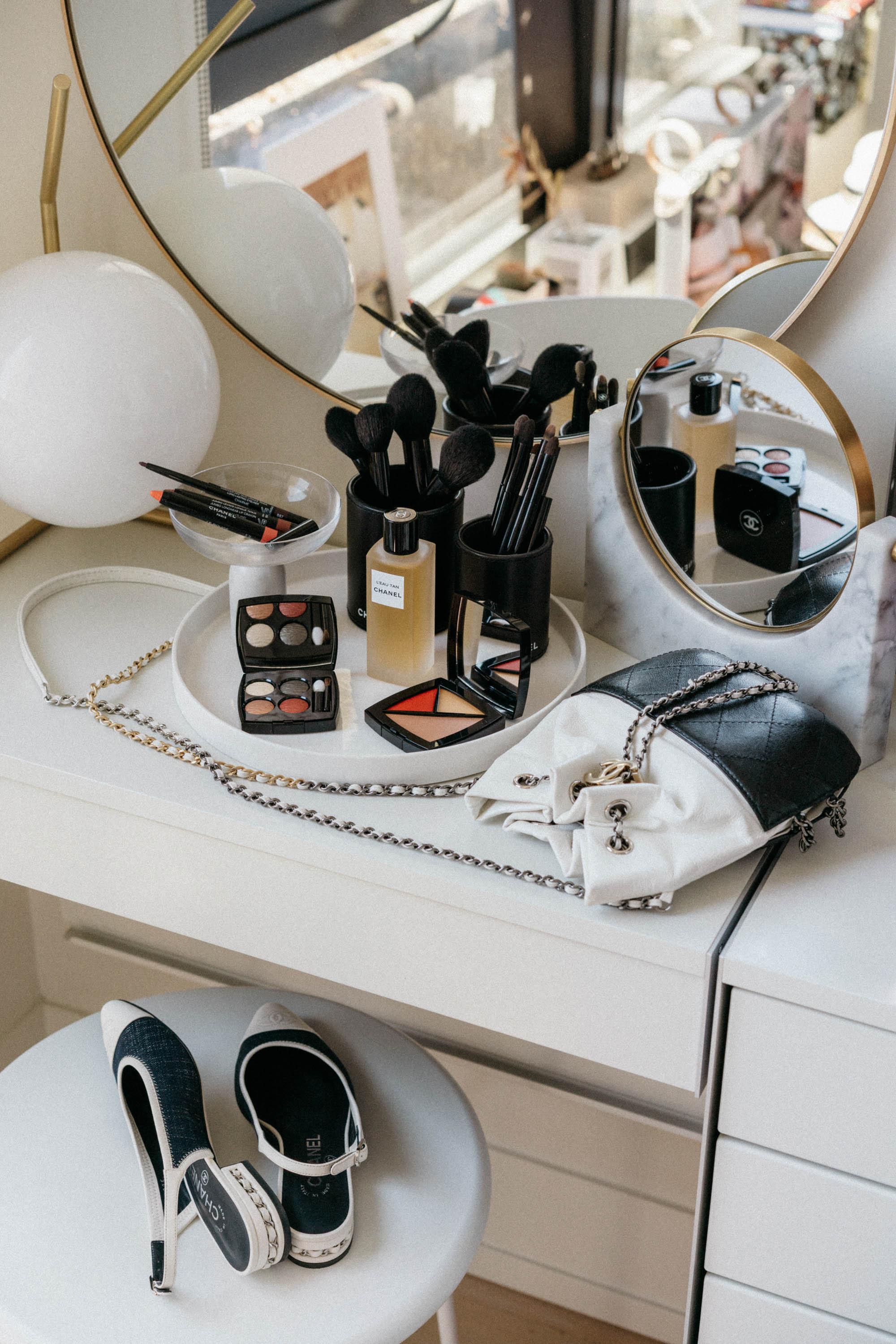 Chanel Beauty , Chanel Bag, Chanel Shoes,  Menu Mirror