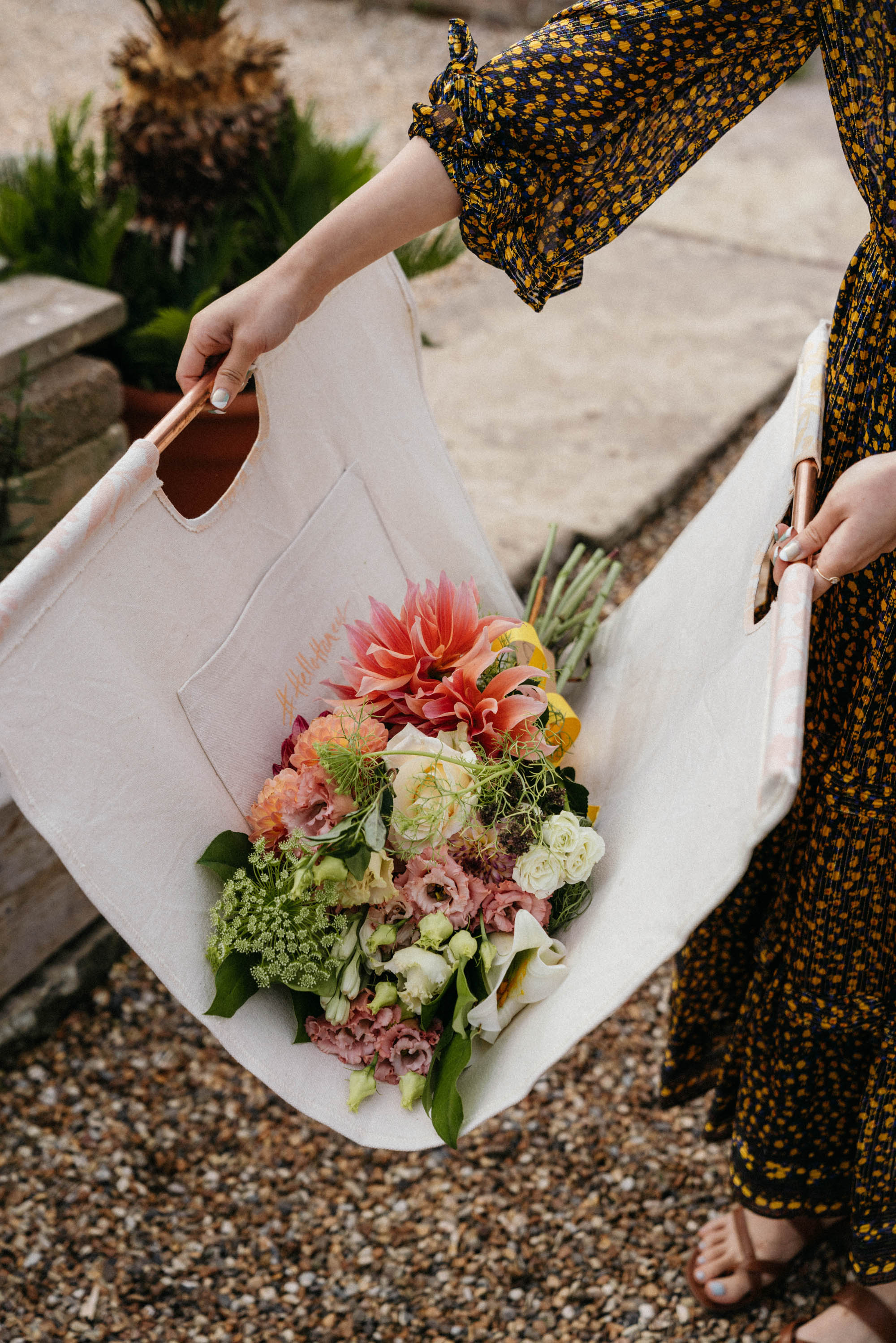 Floral bouquet making with Thomas Flowers