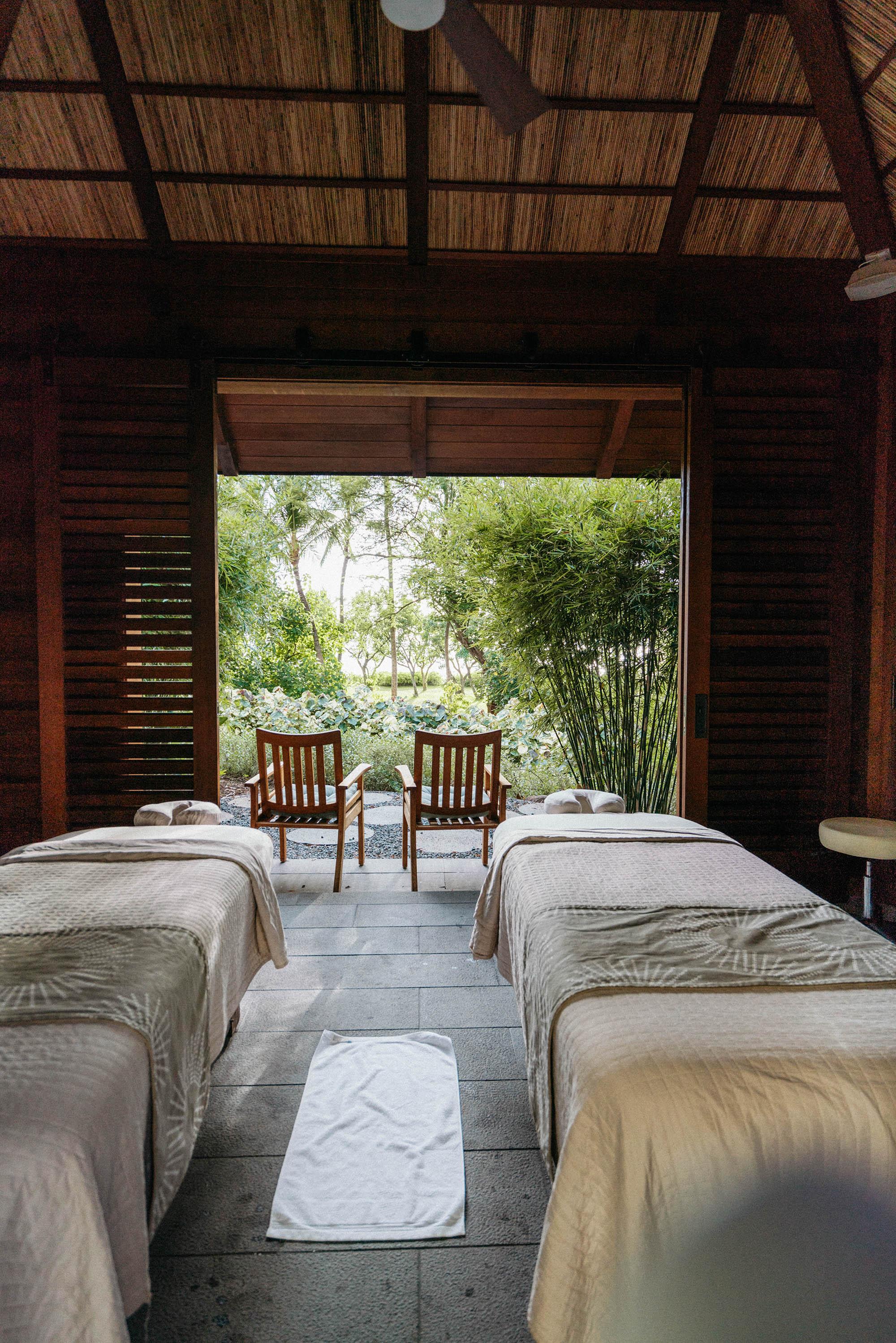 Couple's Massage at FS Oahu's  Naupaka Spa & Wellness