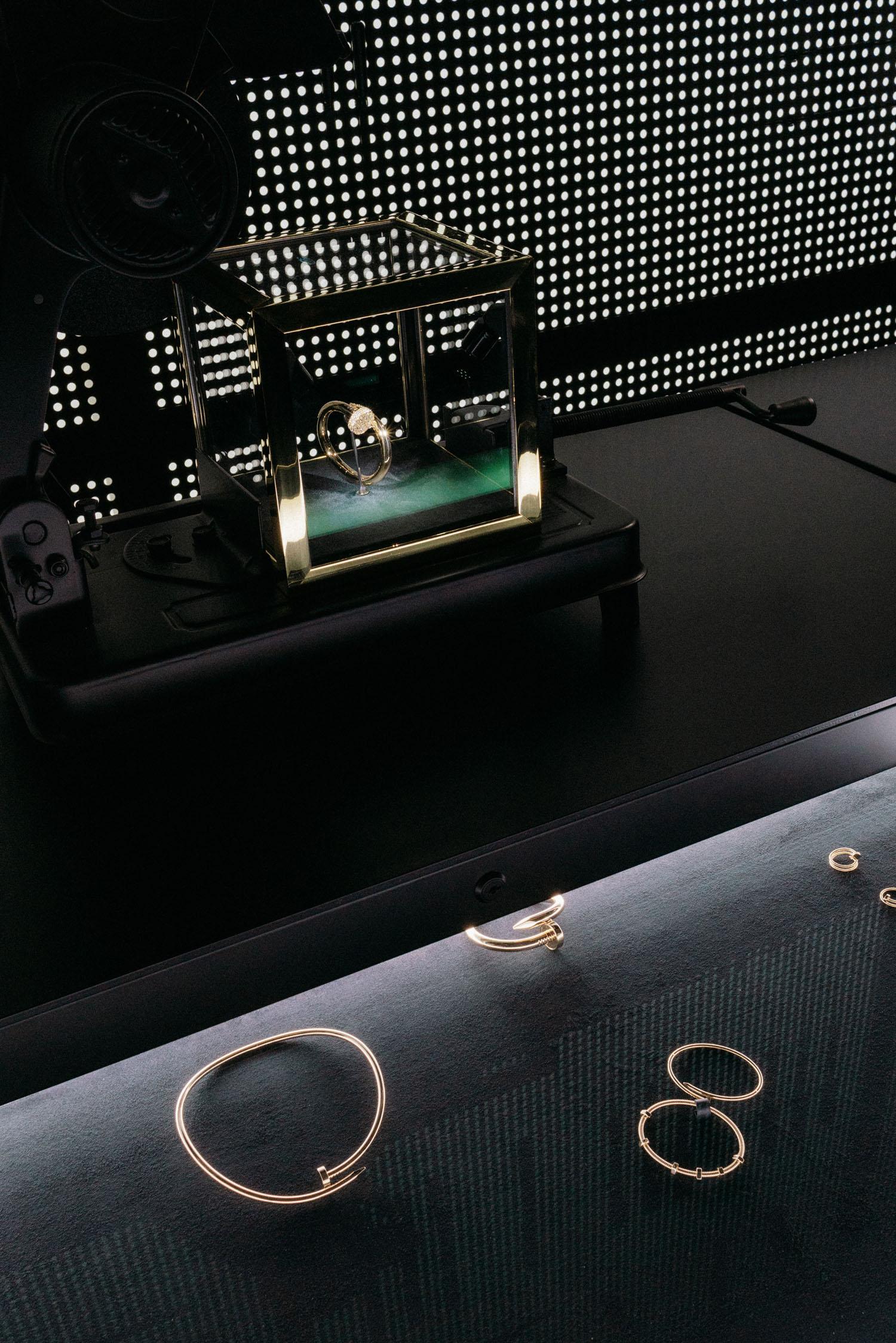 Cartier Garage #FollowTheClou