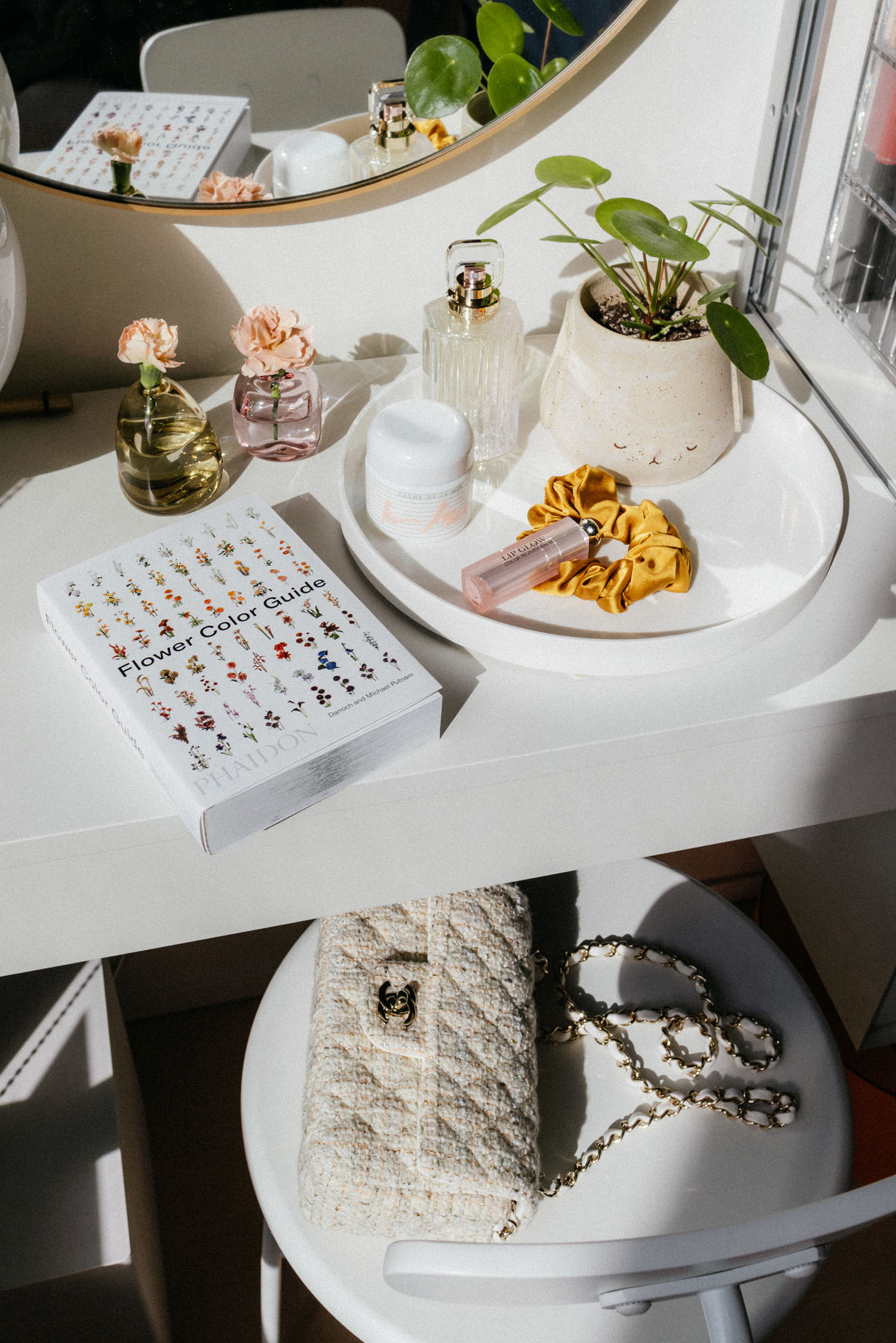 Flower Color Guide ,  Sunday Mornings Vases ,  La Mer Cream ,  Cartier Fragrance ,  Dior Lip Glow ,  Donni Scrunchy ,  Chanel Bag