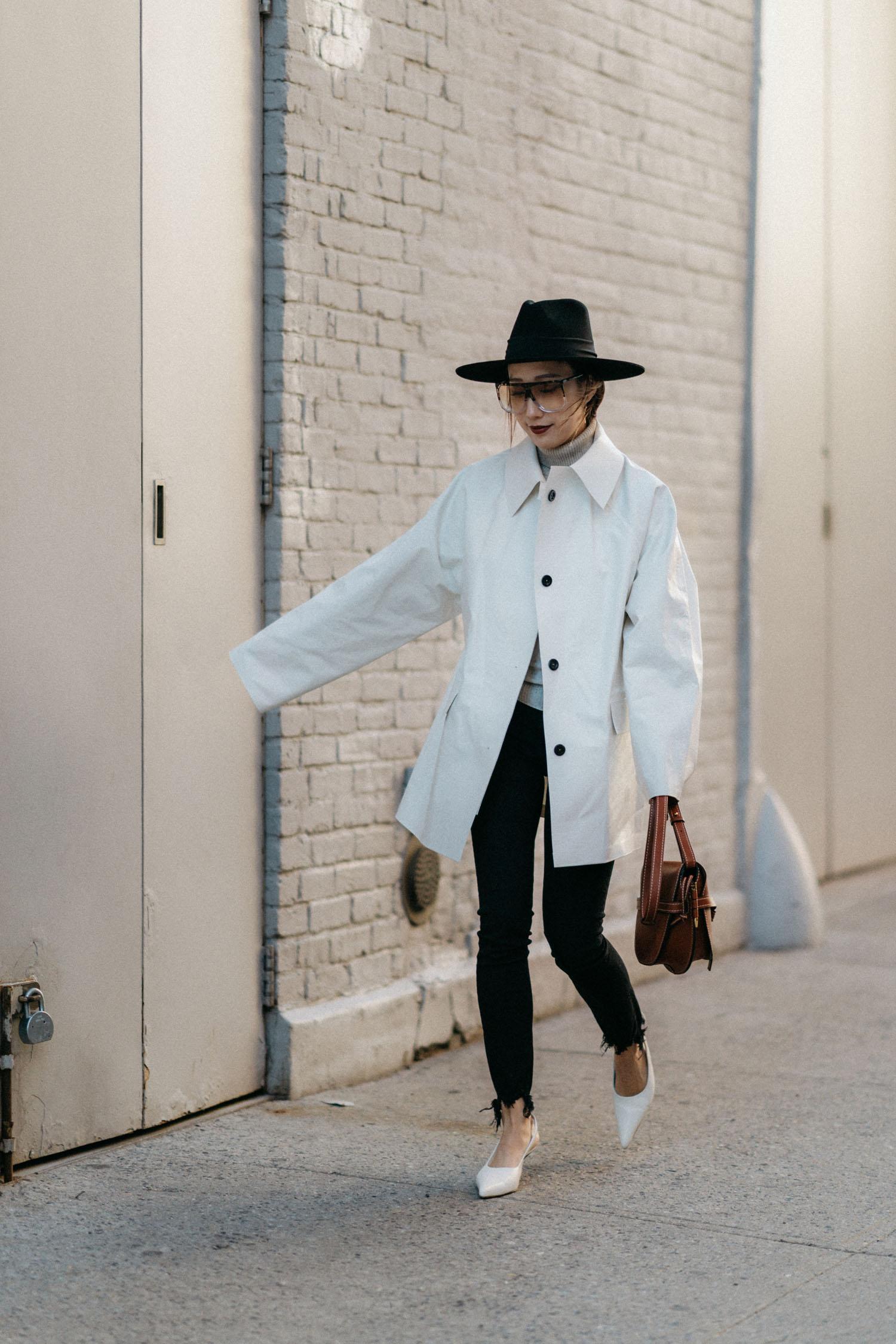 KASSL Editions Jacket , Chloé Top, 3x1 Denim, The Row Shoes,  Loewe Bag , Janessa Leone Hat