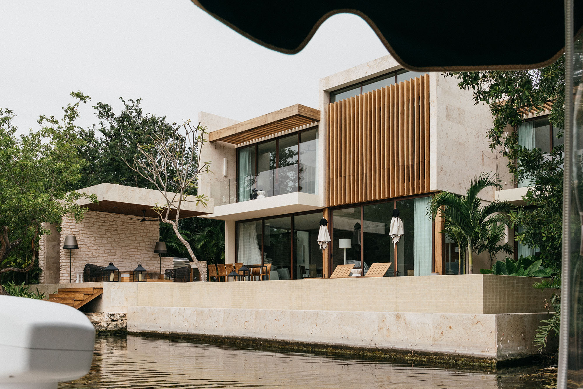 Oh, the dream! Passing by the gorgeous  Rosewood Mayakoba Residencies