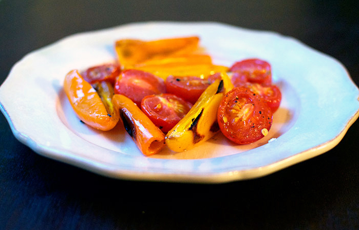 roasted-tomato-pepper-caprese